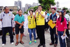 大享容器在竹縣擴廠,吳旭智議員前來表達訴求要求環保局應嚴加把關